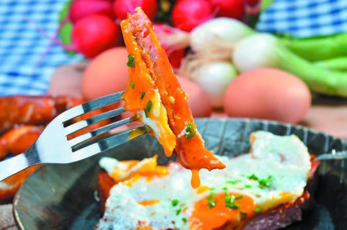 Egg yolk meatloaf